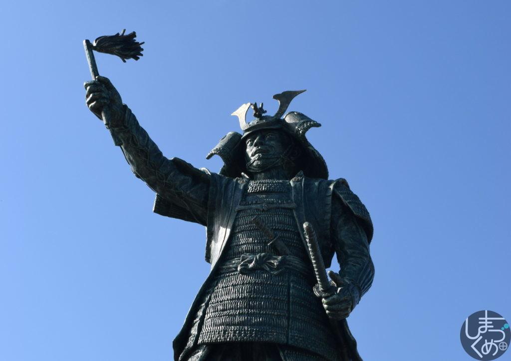 島津義弘公像(えびの)